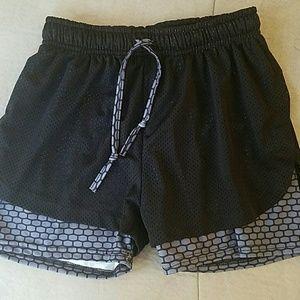 Pants - Women athletic shorts
